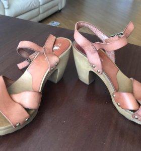 Много разных туфель по одной цене