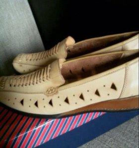 Туфли новые 37 р