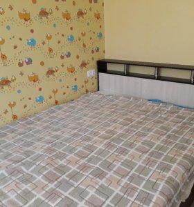 Кровать м матрасом