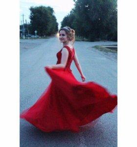 Шикарное платье для выпускного 😍🌹