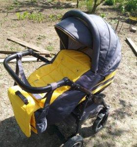 Детская коляска зима лето мобиль новый  в подарок