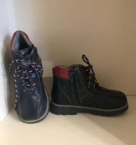 Ботинки для мальчика 30 новые кожаные
