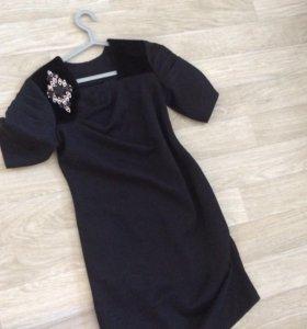 Платье трикотаж плотный 44-46размер