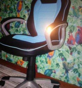 Компьютерные стулья новые