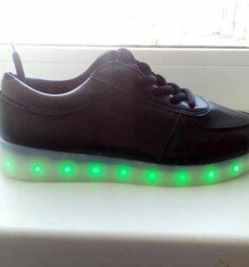 Кроссовки с Led- подсветкой