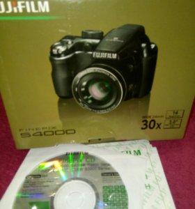 ТОРГ!!!  Фотоаппарат FinepixS4000