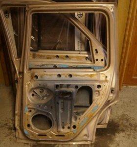 Продам двери автомобиля Форд Эксплорер, 1993 года