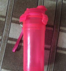 Для спорта розовая бутылочка для воды