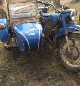 Продаю мотоцикл Урал.