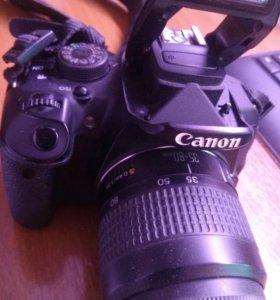 Фотоаппарат Canon 700d + объектив Canon 35-80mm.