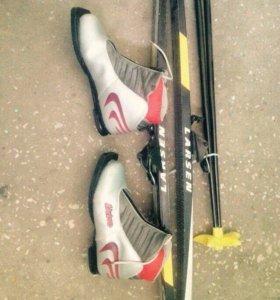 Продаю лыжи+ботинки