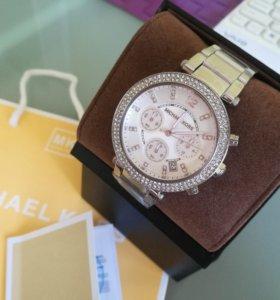 Часы новые Michael Kors 5353