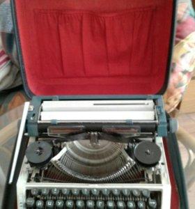 Пишущая машинка Эрика
