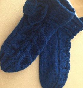 Домашние вязанные носочки