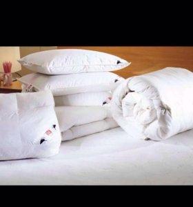 Подушки, одеяло, плед