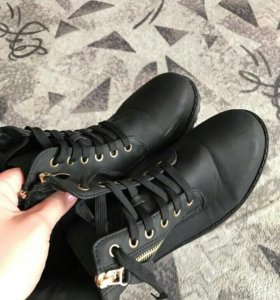 Ботинки женские, 37 размер