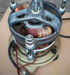 Электро мотор от соковыжималки