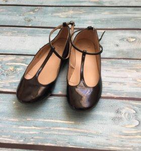 Туфли для девочки р 31