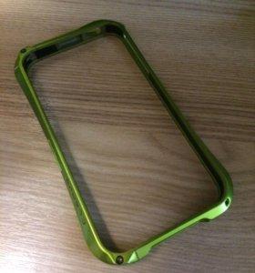 Бампер на iPhone 4 )