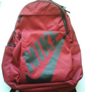 Новые рюкзаки NIKE