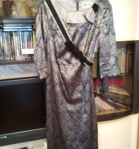 Красивое платье р. 48-50