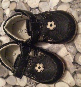 Обувь на мальчика, кожа