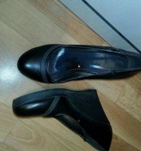 Туфли 38.
