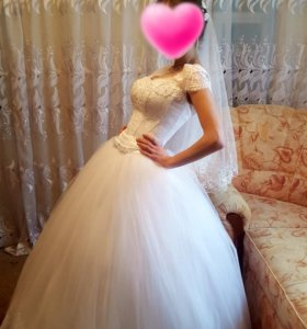 Свадебное платье + шубку в подарок