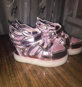 Ботиночки для девочки (новые)