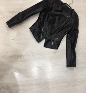 Кожаная куртка 42 размера