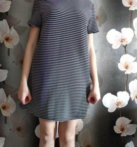 Платье черное в белую полоску с воротником (б/у)