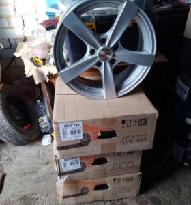 Литые диски Toyota RAV4 7X17 5X114.3