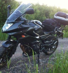 Yamaha XJ6 (FZ6-R)