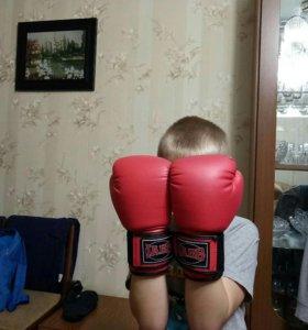 Боксёрские перчатки 4 oz