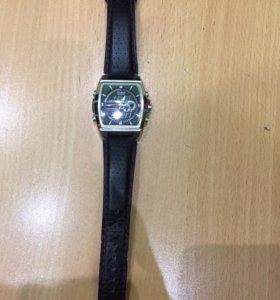 Продам ори-ые Часы Casio
