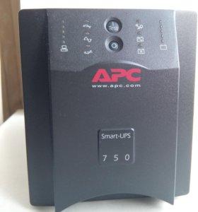 Бесперебойник Smart-UPS 750
