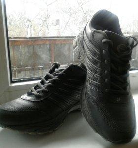 Новые кроссовки BONA