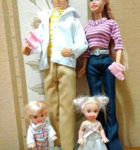 Куклы семья Кен и Барби с детьми...
