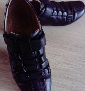 Туфли на мальчика 36 р - р