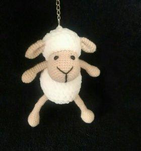 Брелок-овечка