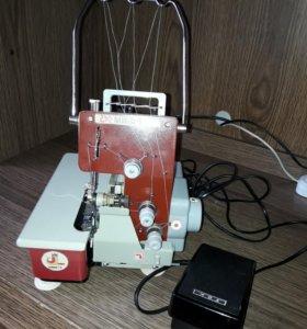 Машина швейная краеобметочная бытовая МШК - 1