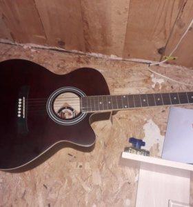 Гитара 6-ти струнная новая