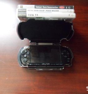 Sony PlayStation Portable Slim Lite (PSP-3006)