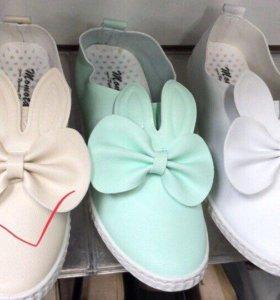 Женские ботинки слипоны