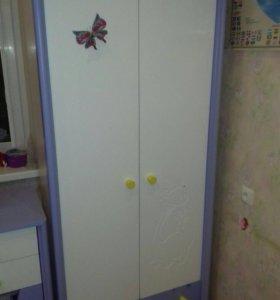 Детский шкаф, кровать и комод + матрас