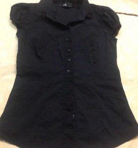 Женская блузка р 42-44.
