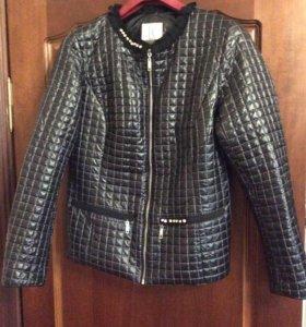 Стильная женская курточка р. 50
