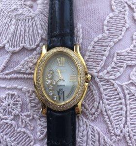 Новые Часы женские Chopard