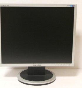 Монитор Samsung SyncMaster 940N