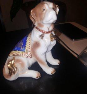Собака фарфор